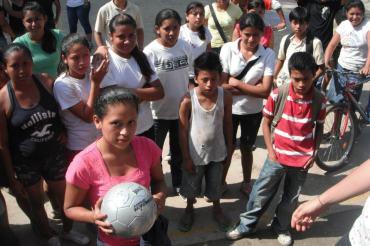 la concha soccer female ball